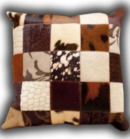 Multi brown cushion 50x50 (10)