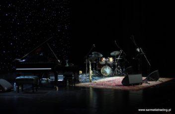 dywan na scenie